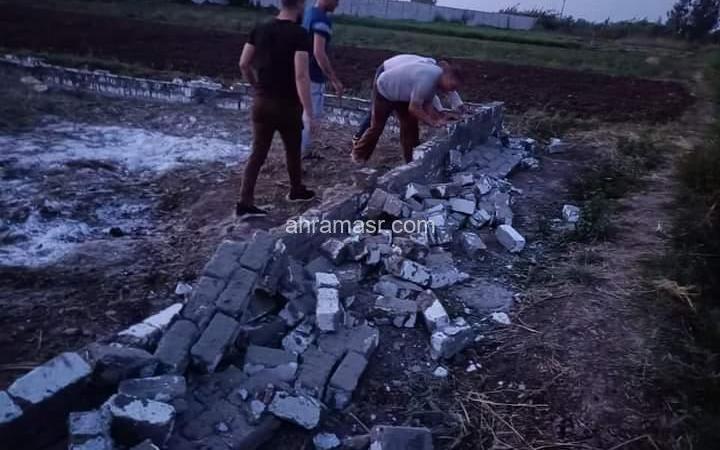 تنفيذ إزالة فورية بقرية بركة غطاس بأبوحمص.