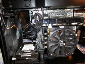 Notice the foam beneath the HDD and that huge 180mm fan that comes with the case. Also some foam between GPU and CPU heat-sink... Just in case.