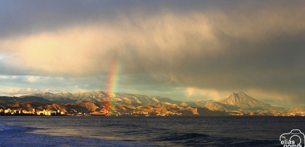 Tormenta sobre la costa de Alicante (E. Gomis)