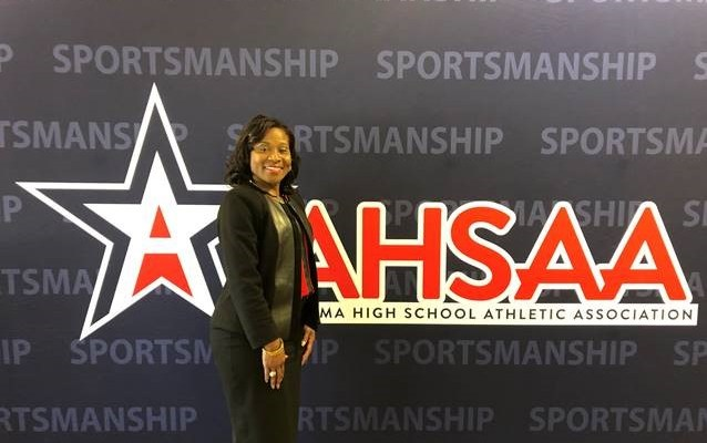 Basketball Coach Carolyn Wright to Join Husband in High School HOF