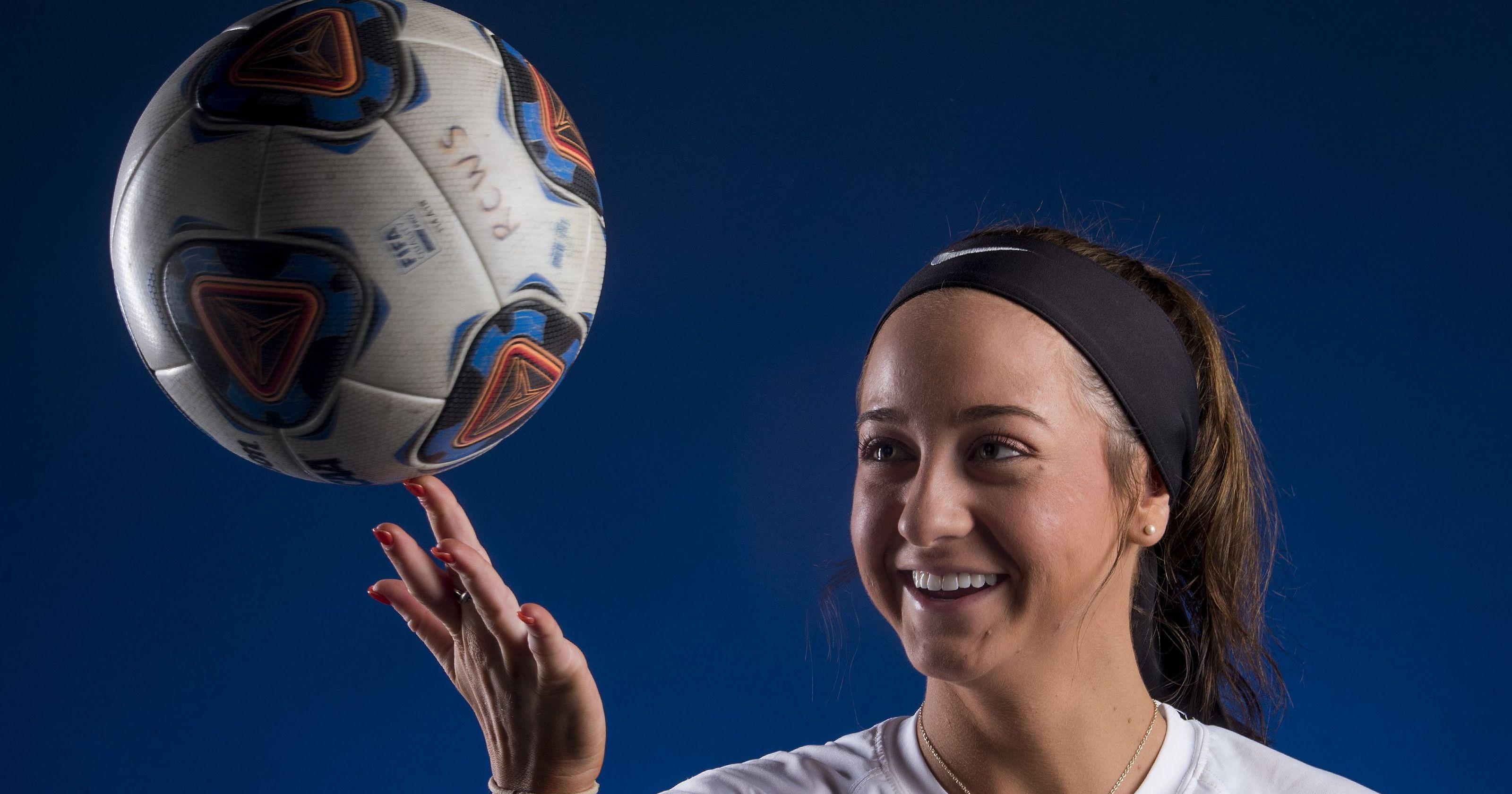 Senior Tara Katz Nets her 200th Goal  For the Montgomery Academy Eagles