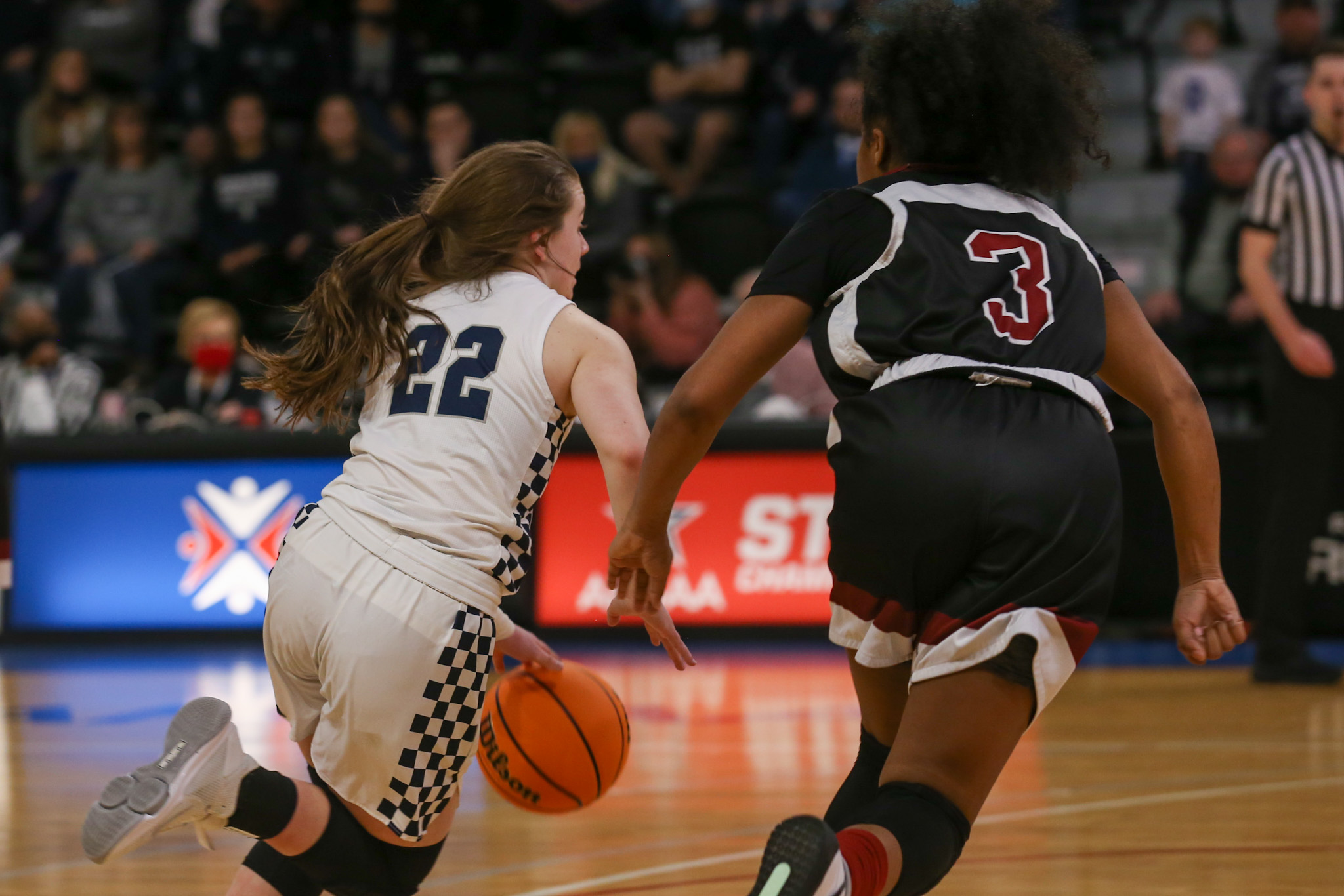 Class 4A Girls' State Championship: Rogers 48, Anniston 37