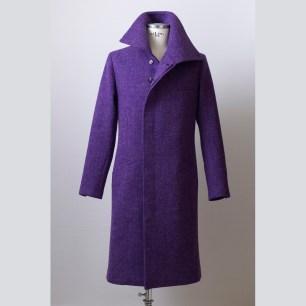 Fly-fronted winter coat made of Harris Tweed fabric with full canvas construction in South-Corean style. / Harris Tweedből dél-koreai stílusban készült rejtett gombolású télikabát klasszikus kézműves kidolgozással