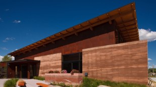 2009 Citation Award - Architect: Carney Architects - Location: Pinedale, Wyoming