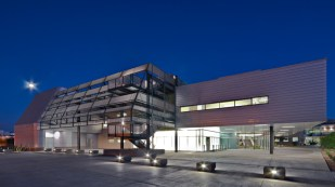 2009 Merit Award - Architect: SmithGroup - Location: Mesa, Arizona
