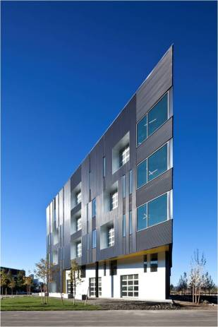 DRIVE – Commercial Building