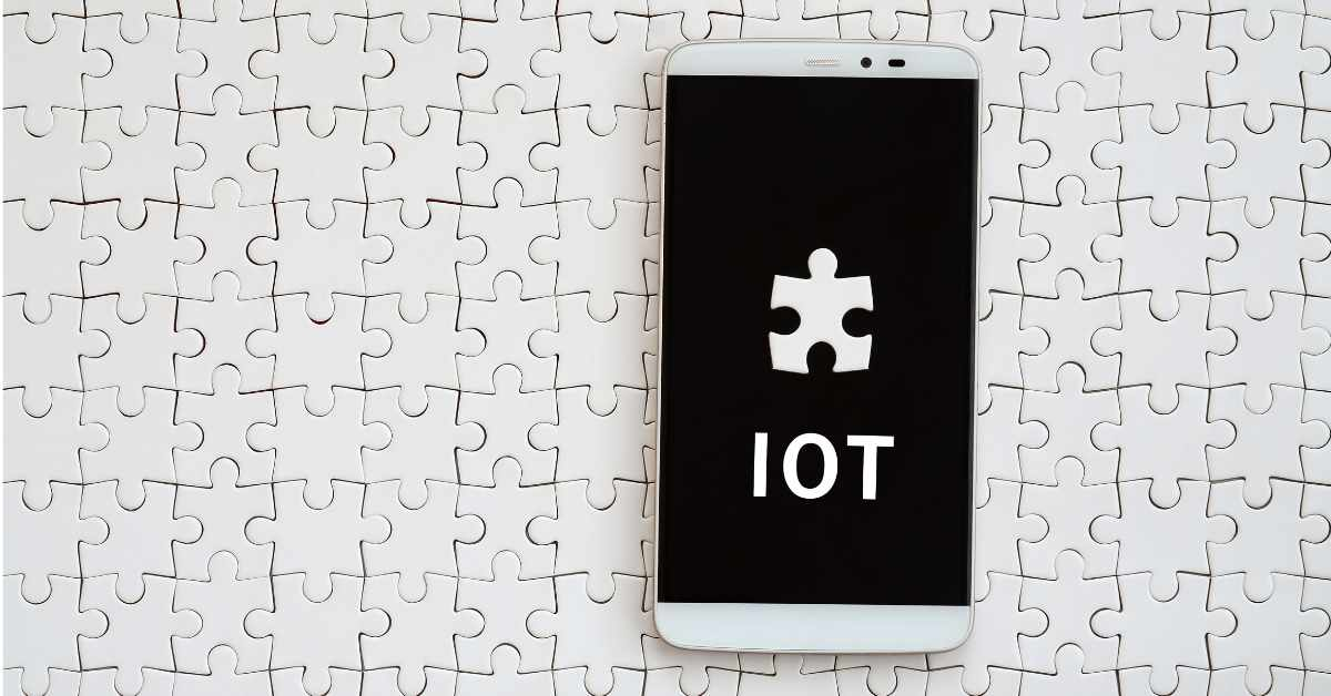 Pros and Cons of Implementing Internet of Things (IoT) in Business