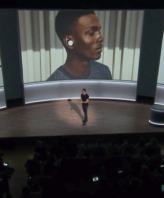 Pixel Buds announcement on stage in San Francisco
