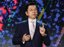 Kai-Fu Lee, CEO of venture capital firm Sinovation Ventures, delivers a speech on Chinese AI to an audience at MIT.
