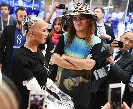 artificial general intelligence ben goertzel talks to sophia