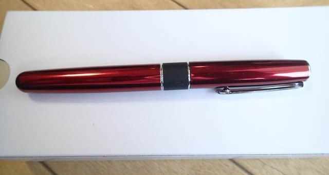 トンボ鉛筆のローラーボール ZOOM 505