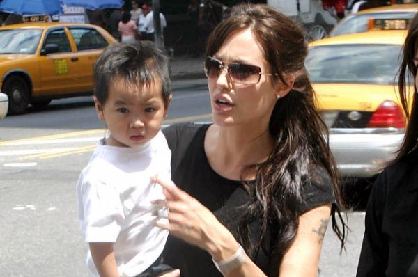 Анджелина Джоли показала свадебное платье   Шоу-бизнес ...