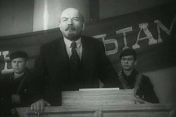 Борис Щукин - в фильмах «Ленин в Октябре», 1937 и «Ленин в 1918 году», 1939.