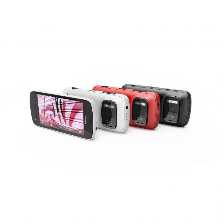 Nokia808-pureview-group-shot