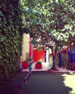 静まり返ったミラノの子どもの家