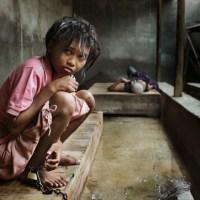 """Ινδονησία: """"Η ζωή στην κόλαση"""", για τους ψυχικά πάσχοντες"""