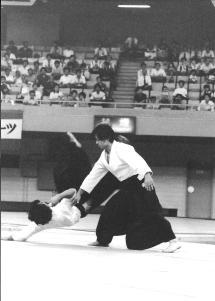 Uke pour Shibata Ichiro Sensei – Zen Nihon Aikido Embukai, vers le milieu des années 1990