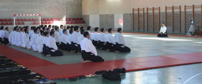 Curso Nacional de Aikido en Alicante, Tomás Sánchez y Roberto Sánchez, noviembre 2015 (comienzo clase)