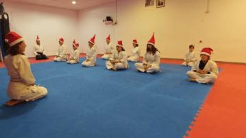 aikido-kids-infantil-y-juvenil-entrenamiento-navideno-2016-defensa-personal-aikido-aikikai-san-vicente-del-raspeig-al_129