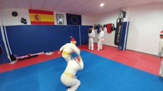 aikido-kids-infantil-y-juvenil-entrenamiento-navideno-2016-defensa-personal-aikido-aikikai-san-vicente-del-raspeig-al_19