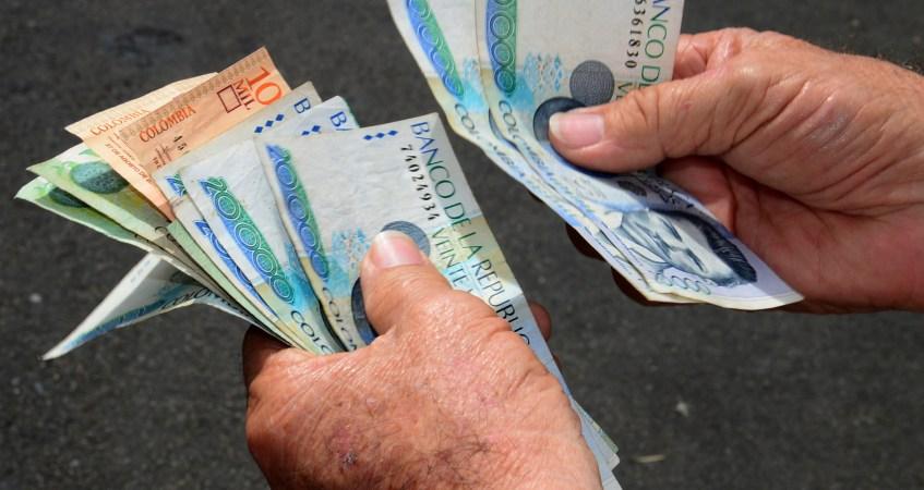 Posición de las centrales sindicales frente a propuesta del senador Uribe sobre salario mínimo