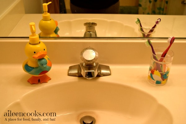 Little Duckies Kids Bathroom Reveal aileencooks.com