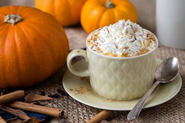 hot-pumpkin-spice-drink-1