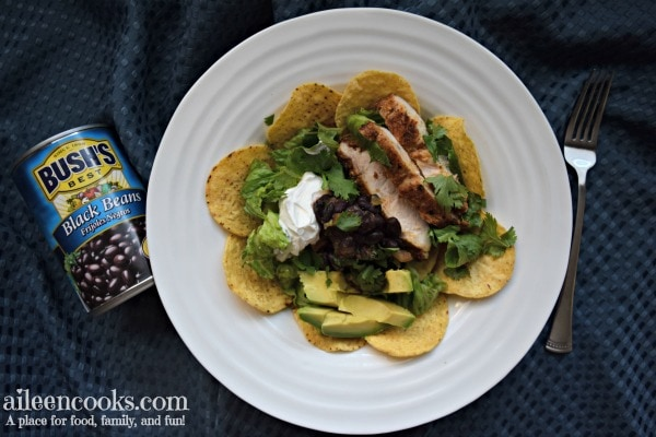 This black bean and chicken taco salad is an easy and healthy weeknight meal!
