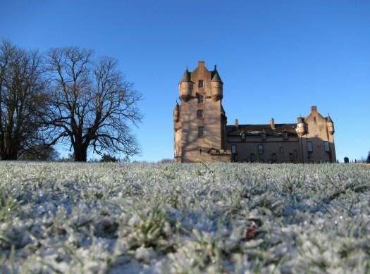 A frosty Fyvie Castle. Ailish Sinclair | Castles in the Snow