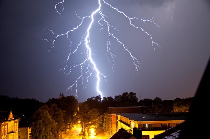 雷 画像002