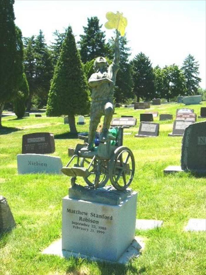 変わった墓12