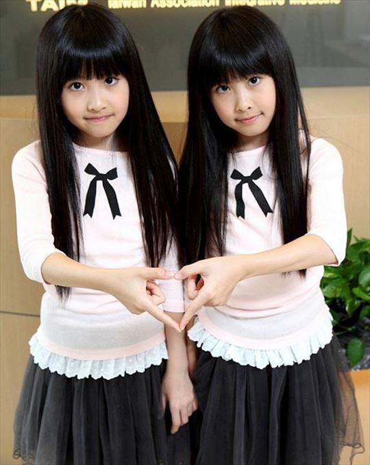 とても美しい・可愛い双子の写真と雑学