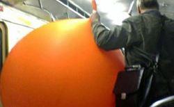 地下鉄・バスで見かけた不思議で奇妙な光景31選