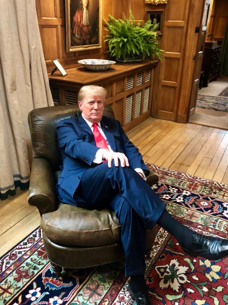 Trump in Churchill chair