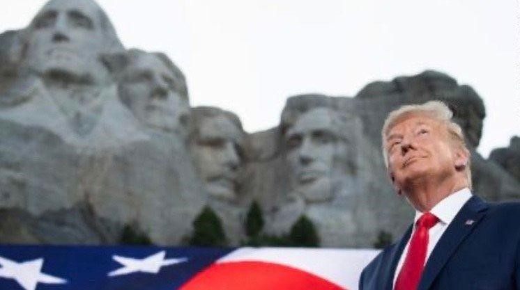 trump image mt rushmore