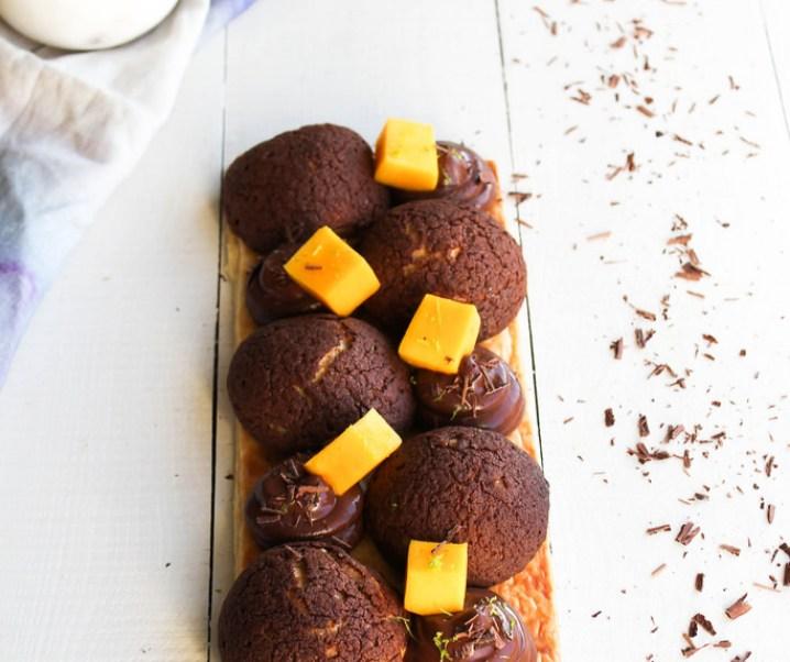 el chocolate Saint Honoré y mango {sin leche}