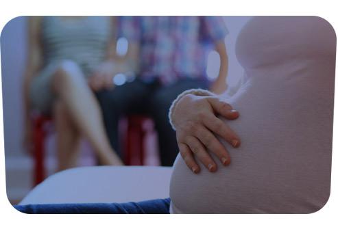 Cурогатне материнство - юридичні ризики