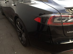 2322-Tesla-driver's-rear-fender