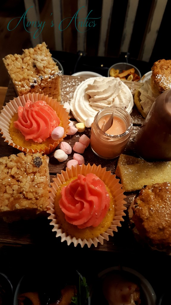 Quirky Afternoon tea- cupcake and meringue