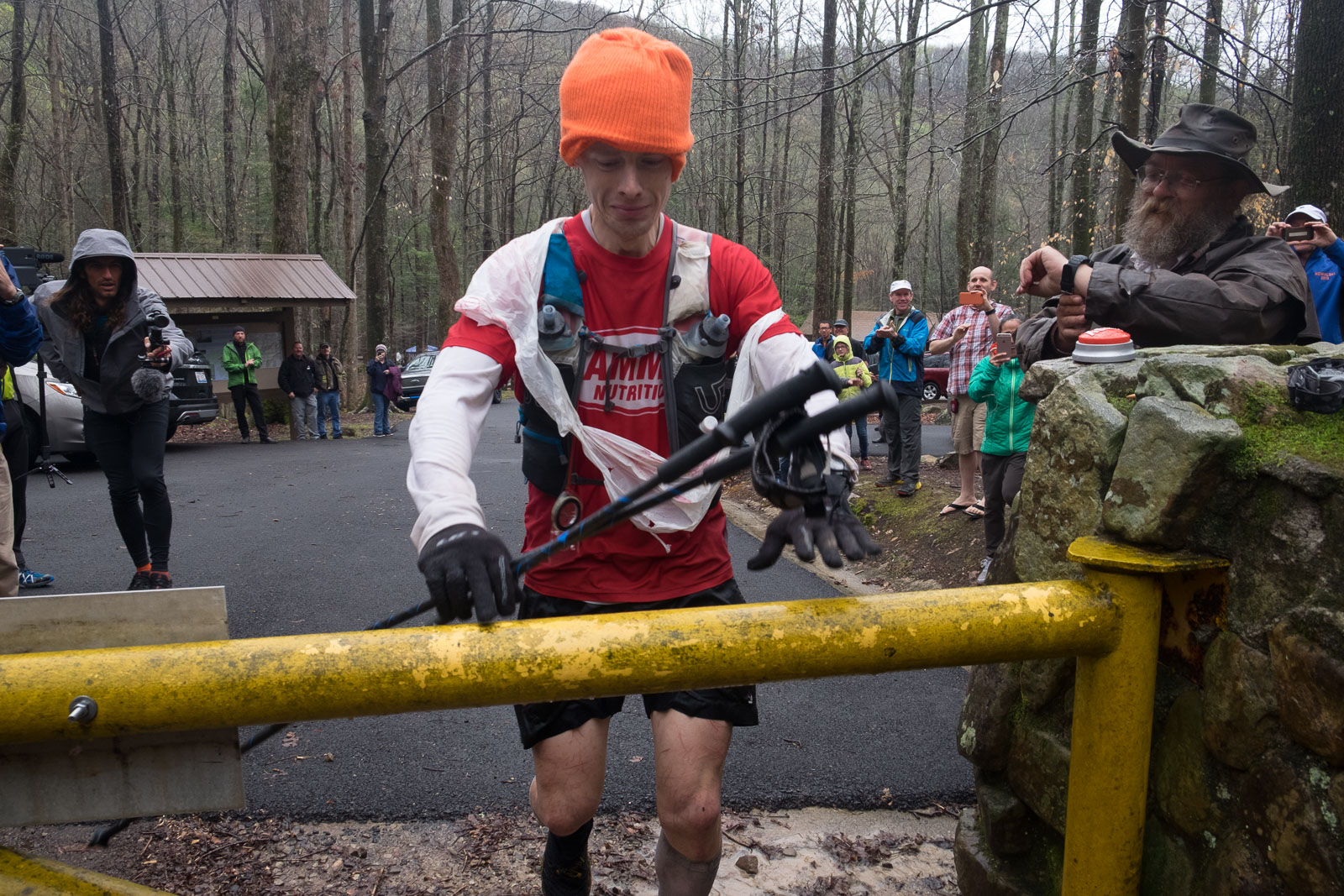 John Kelly a intrat in istoria Barkley Marathons ca al 15-lea finisher…din 1200