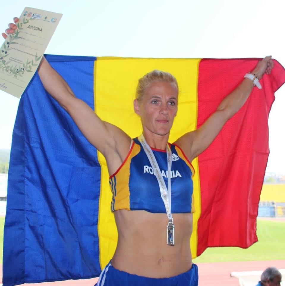 ULTRABALATON, UPDATE: Mariana Nenu alearga incredibil. Este aproape de podium