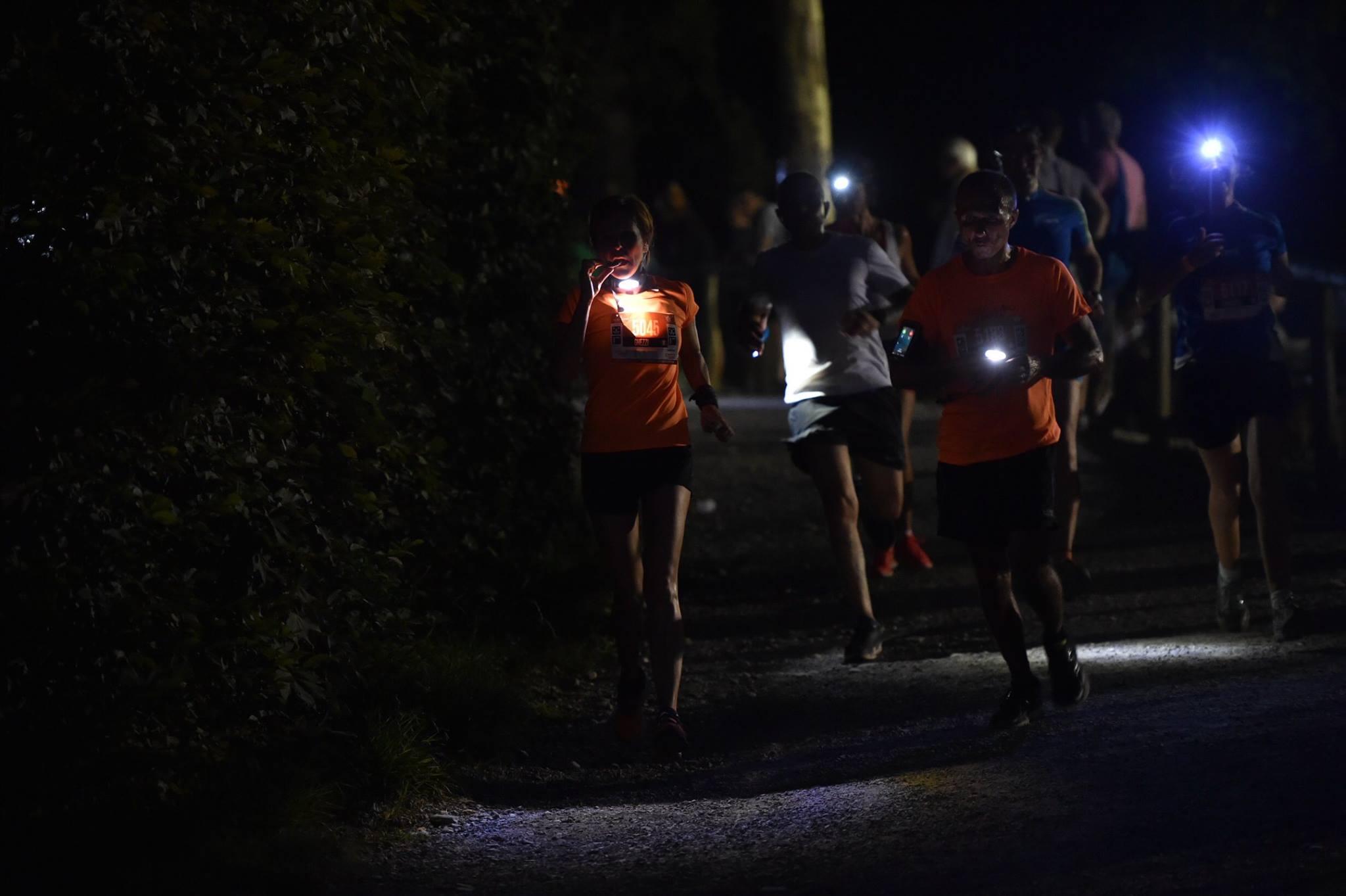 4 romani continua ultramaratonul Orobie Ultra Trail. 61 de sportivi au abandonat pe parcursul noptii