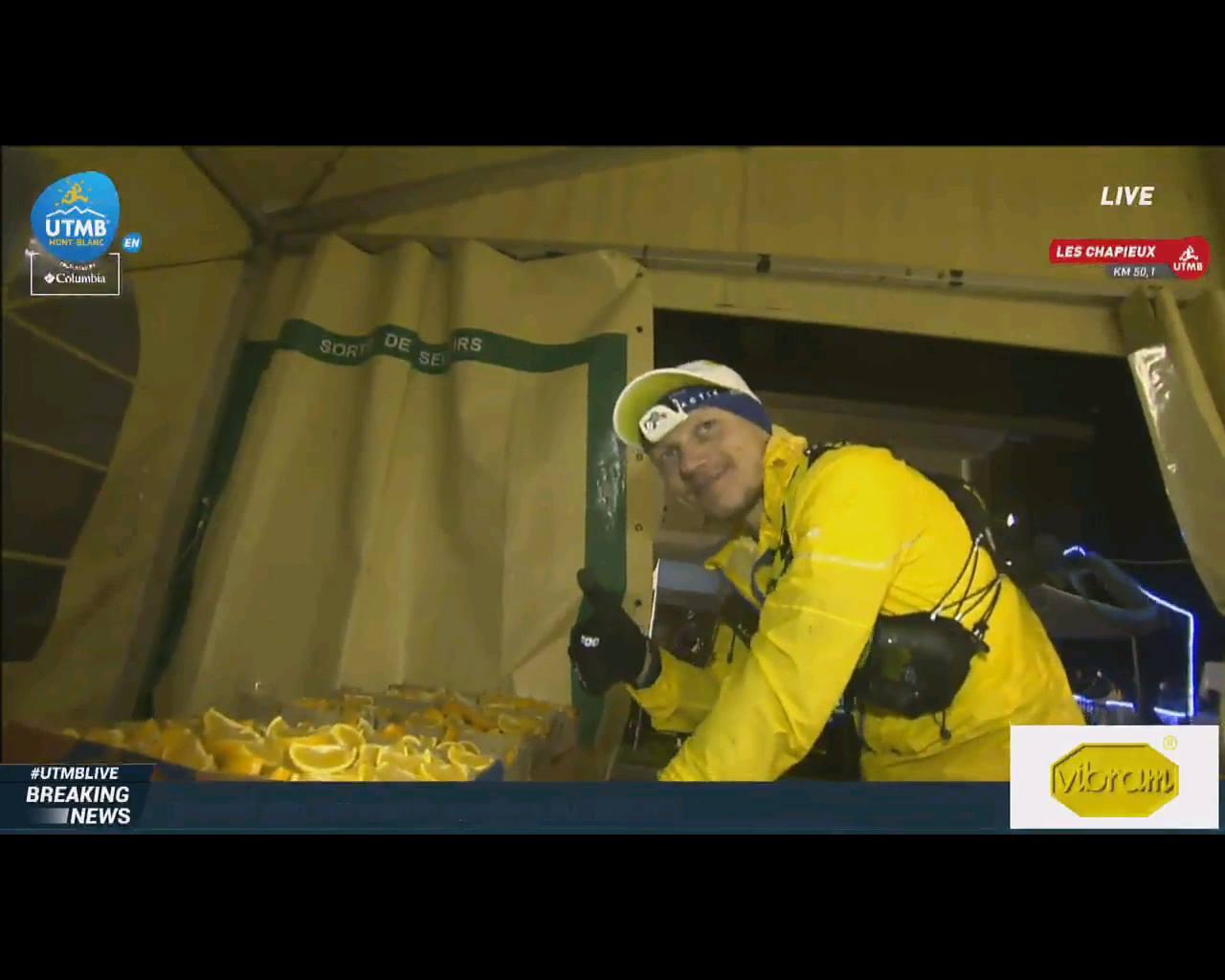 "UTMB: Robert Hajnal se apropie ""furios"" de TOP 20. I-a mai ramas un maraton pana la finish."