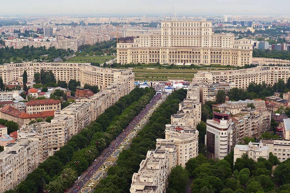 Maratonul International Bucuresti-MIB: impresii de la cel mai important event sportiv al capitalei aflat la a zecea editie