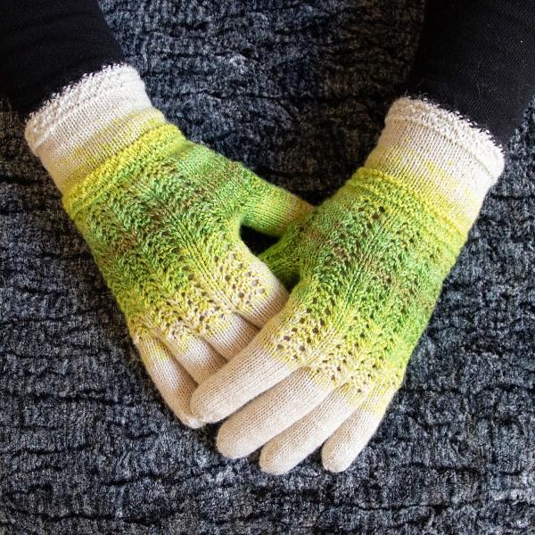 Pöidlakiiluga sõrmikud | disain Irina Tammis