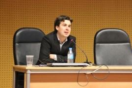 Marcos Centeno durante el coloquio previo al estreno del documental. Centro Cultural la Petxina.