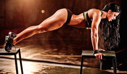 image_pose_woman exercising