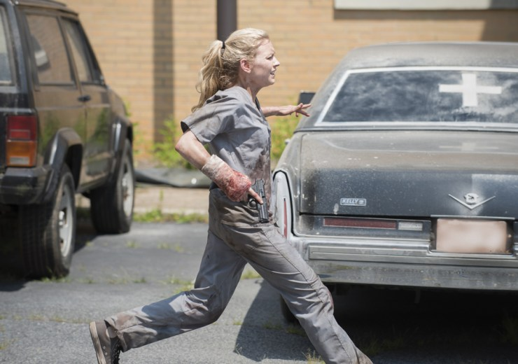 the-walking-dead-episode-504-beth-running