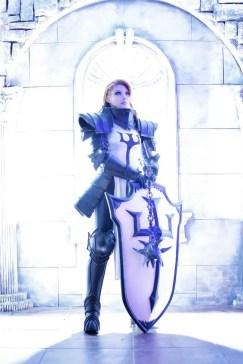 diablo-III-crusader-cosplay-tasha-4