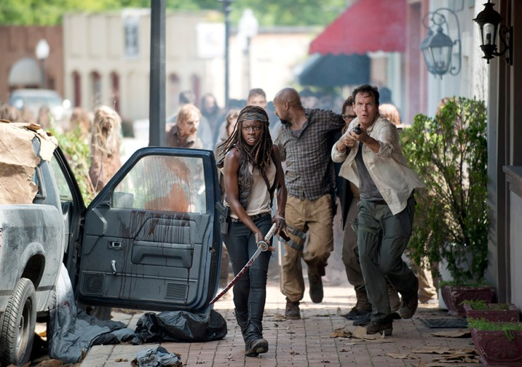 the-walking-dead-episode-603-michonne-running